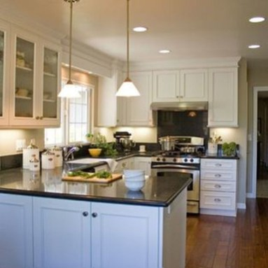 Astonishing U Shaped Kitchen Remodel Ideas 42