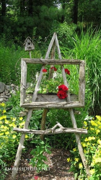 Comfy And Unique Garden Decor Ideas 42