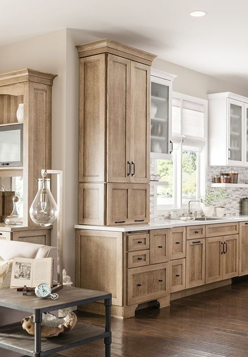 Gorgeous White Kitchen Cabinet Design Ideas 04