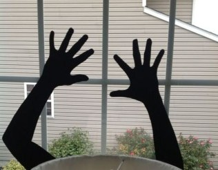Amazing Halloween Black Decor Ideas To Scary Party Ever 28
