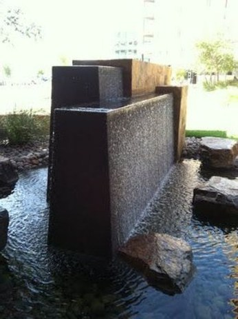 Amazing Modern Water Feature For Your Landscape22