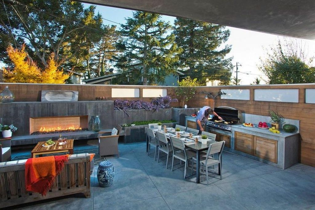 Awesome Outdoor Kitchen Design Ideas 39