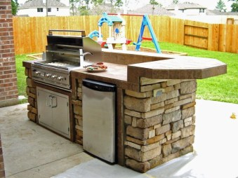 Awesome Outdoor Kitchen Design Ideas 48