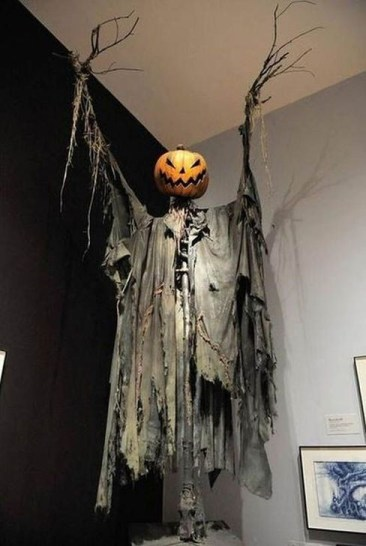 Cozy Vintage Halloween Decoration For Outdoor Ideas 12