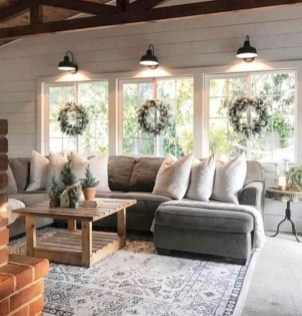 Fantastic Living Room Farmhouse Style Decorating Ideas 46