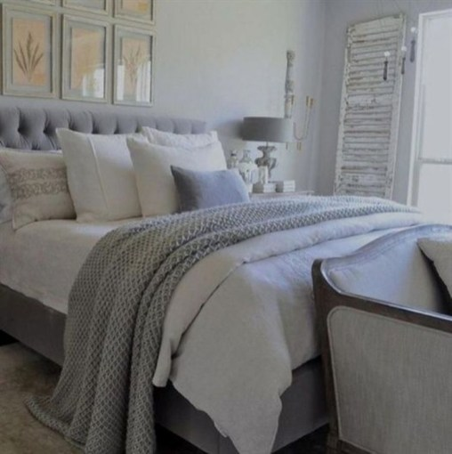 Gorgeous Grey Bedroom Ideas To Repel Boredom26