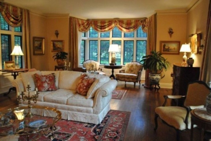 Popular French Country Living Room Decor Ideas 40