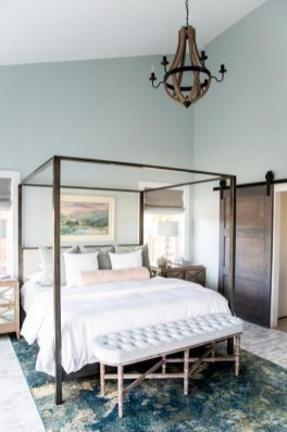 Stunning Bedroom Design And Decor Ideas With Farmhouse Style34