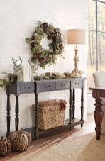 Stylish Console Table For Halloween Ideas 21