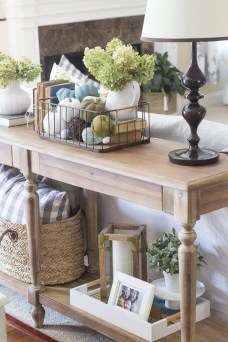Stylish Console Table For Halloween Ideas 30