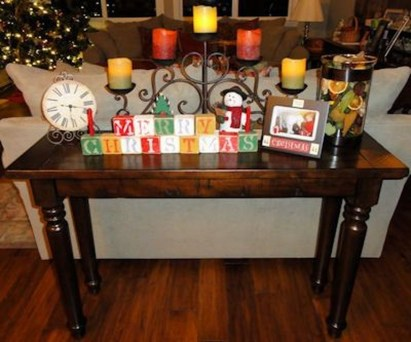 Stylish Console Table For Halloween Ideas 32