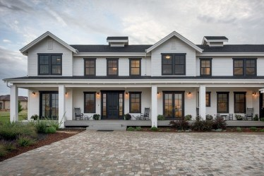 Brilliant Modern Farmhouse Exterior Design Ideas34