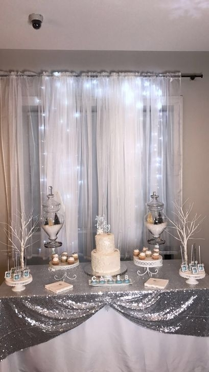Charming Winter Themed Baby Shower Decoration Ideas04