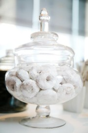 Charming Winter Themed Baby Shower Decoration Ideas10