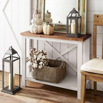 Creative Farmhouse Entryway Decorating Ideas24