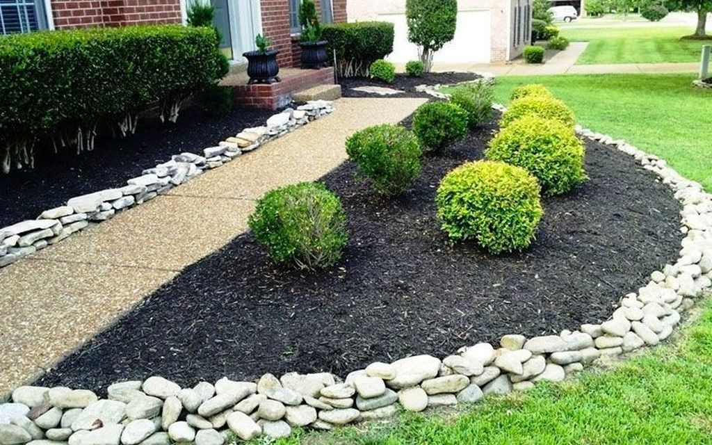 Pretty Front Yard Rock Garden And Landscaping Ideas20