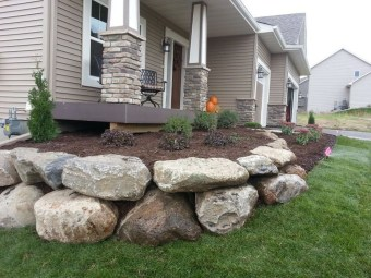 Pretty Front Yard Rock Garden And Landscaping Ideas22
