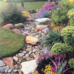 Pretty Front Yard Rock Garden And Landscaping Ideas30