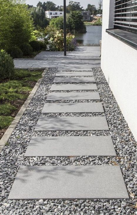 Pretty Front Yard Rock Garden And Landscaping Ideas39