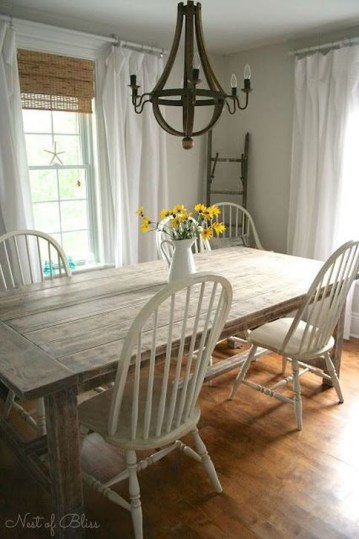 Romantic Rustic Farmhouse Dining Room Makeover Ideas32