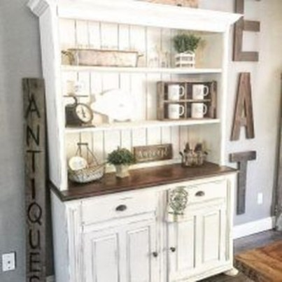Romantic Rustic Farmhouse Dining Room Makeover Ideas38