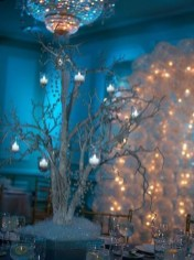 Simple Diy Winter Party Decoration Ideas18