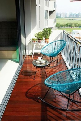Unique Apartment Balcony Design And Decor Ideas19