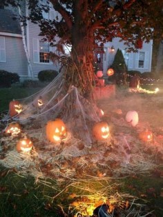 Unique Crafty Diy Outdoor Halloween Decorating Ideas26