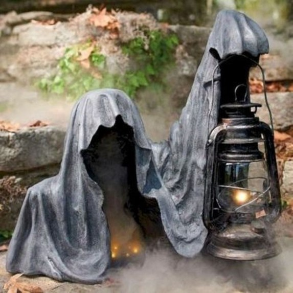 Unique Crafty Diy Outdoor Halloween Decorating Ideas45