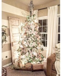 Amazing Christmas Decorating Ideas For Small Spaces05