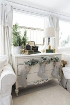 Amazing Christmas Decorating Ideas For Small Spaces07