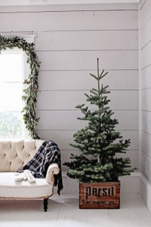 Amazing Christmas Decorating Ideas For Small Spaces11