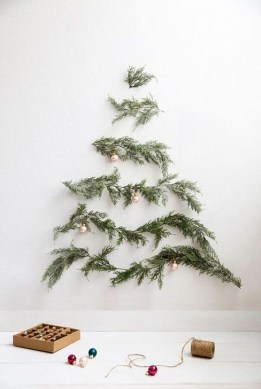 Amazing Christmas Decorating Ideas For Small Spaces16