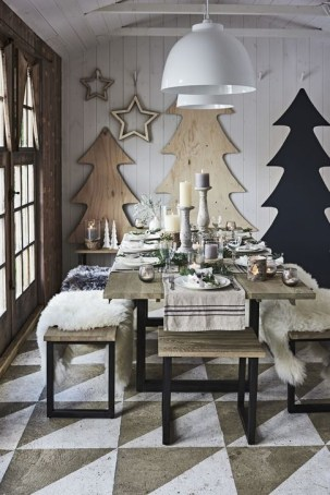 Amazing Christmas Decorating Ideas For Small Spaces35