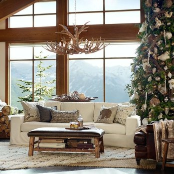 Comfy Christmas Living Room Decor Ideas27