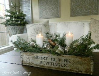 Comfy Christmas Living Room Decoration Ideas39