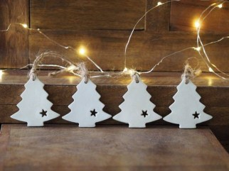 Extraordinary Scandinavian Christmas Decor Ideas44
