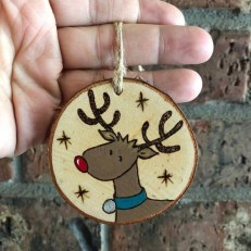 Extremely Fun Homemade Christmas Ornaments Ideas Budget31