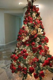Gorgeous Rustic Christmas Tree Decoration Ideas04