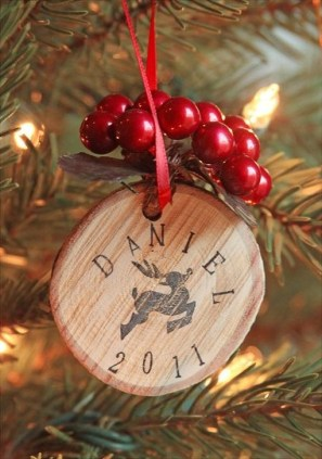 Gorgeous Rustic Christmas Tree Decoration Ideas06