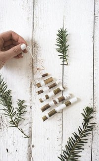 Gorgeous Rustic Christmas Tree Decoration Ideas13