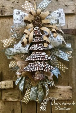 Gorgeous Rustic Christmas Tree Decoration Ideas15