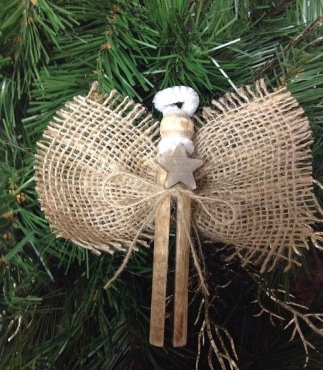 Gorgeous Rustic Christmas Tree Decoration Ideas37