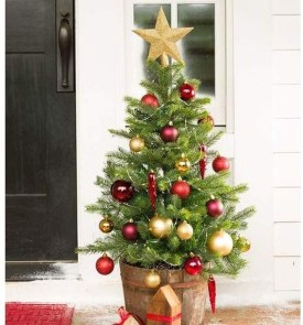 Gorgeous Rustic Christmas Tree Decoration Ideas41
