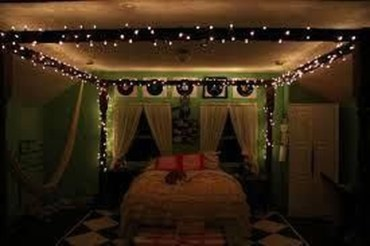 Magnificient Christmas Lighting Bedroom Ideas07