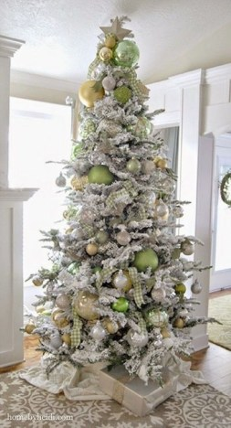 Modern Farmhouse Christmas Tree Ideas16