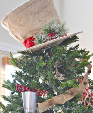 Unique Christmas Tree Toppers Ideas18