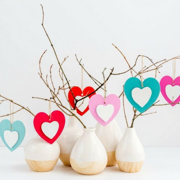 Cheap Diy Ornaments Ideas For Valentines Day16
