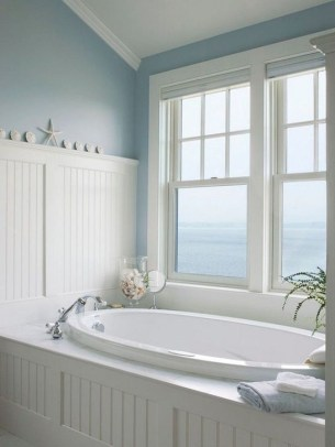 Cozy Coastal Style Nautical Bathroom Designs Ideas18