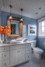 Cozy Coastal Style Nautical Bathroom Designs Ideas31